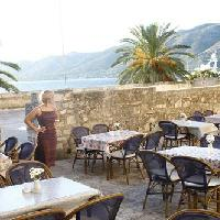 Dining, restaurants in Korcula travel guide