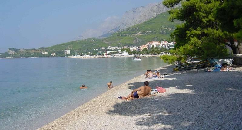 u00dcber tucepi  dalmatien  kroatien